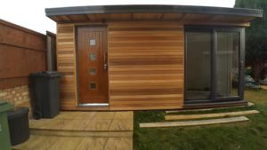 Read more about the article Backyard Office-Shed Combos: The Best of Both Worlds?