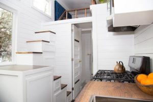 Read more about the article Tiny House Tansu Stairs: The Solution To Storage Problems?